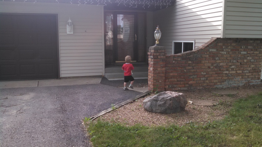 Big kid walking into daycare all by himself... *snif, snif*